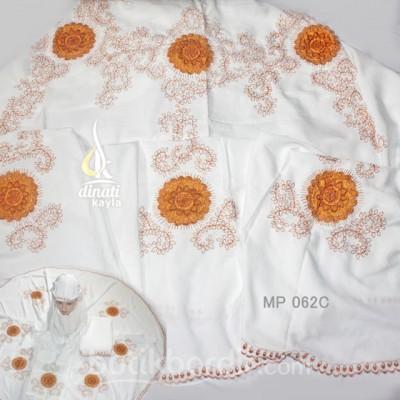 mp062C-mukena-bordir-cantik-gayatri-detail-560